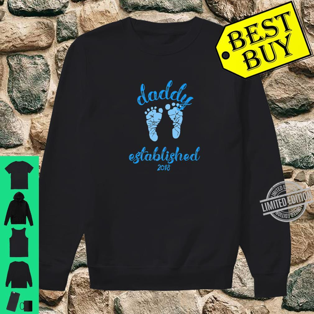 Daddy Established 2018 Blue Footprints New Father Shirt sweater